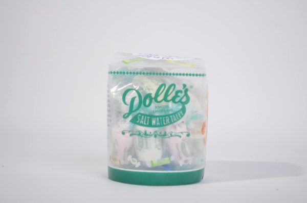 4 re-usable cups with assorted salt water taffy in bag